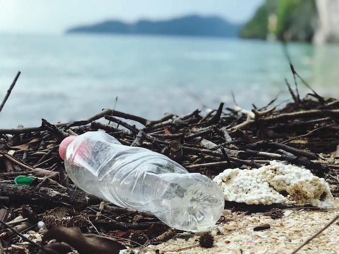プラスチック,ゴミ,犬,うんち,捨て方,レジ袋,生分解性,バイオプラスチック